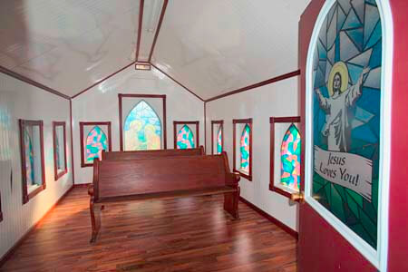 Little Cottage Chapel_Interior